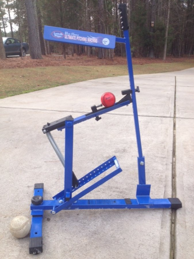 louisville slugger blue pitching machine