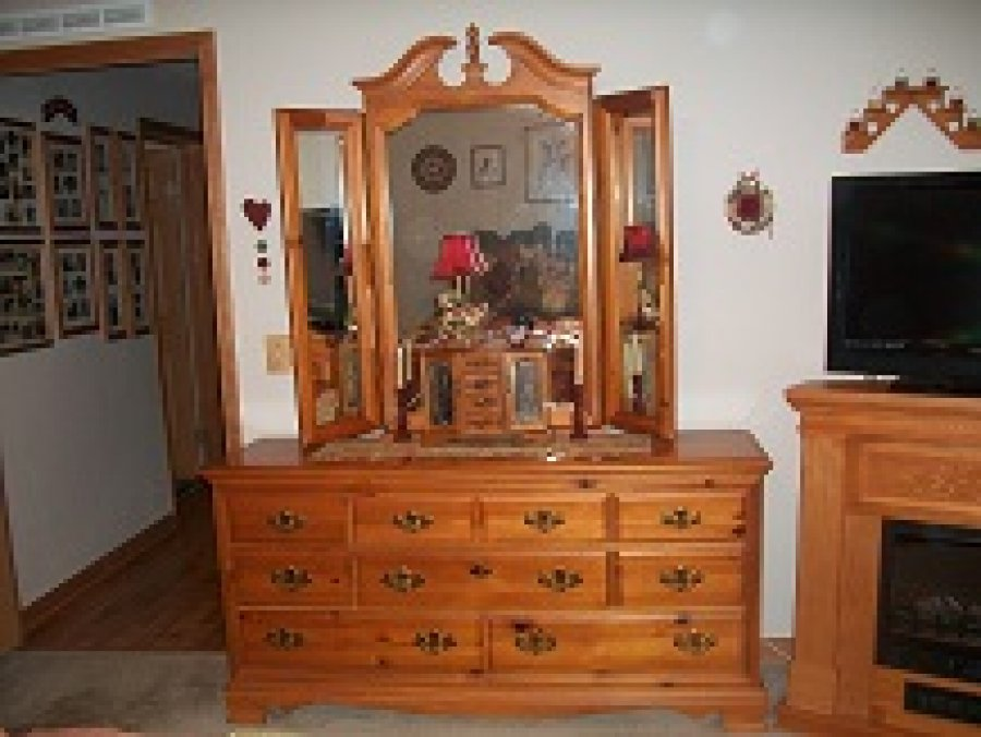 Used bedroom sets for sale Lookup BeforeBuying