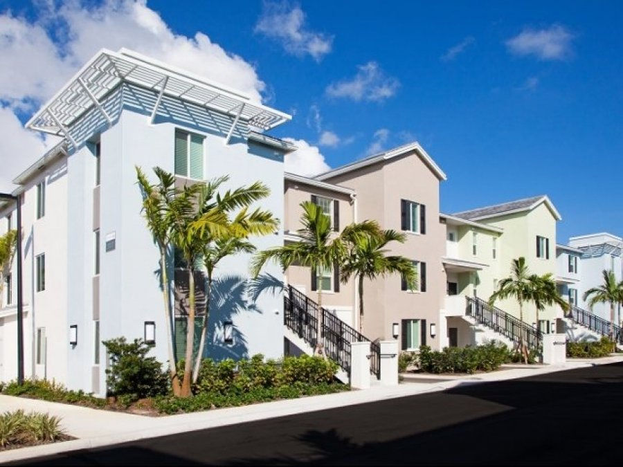 Live Close To The Beach In Delray 2 Bedroom Florida Delray Beach 1176 Apartment For Rent