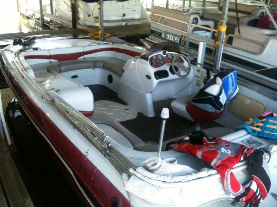 2000 tahoe 202 w 150 hp ob texas keller 8000 boat for Black friday trolling motor deals