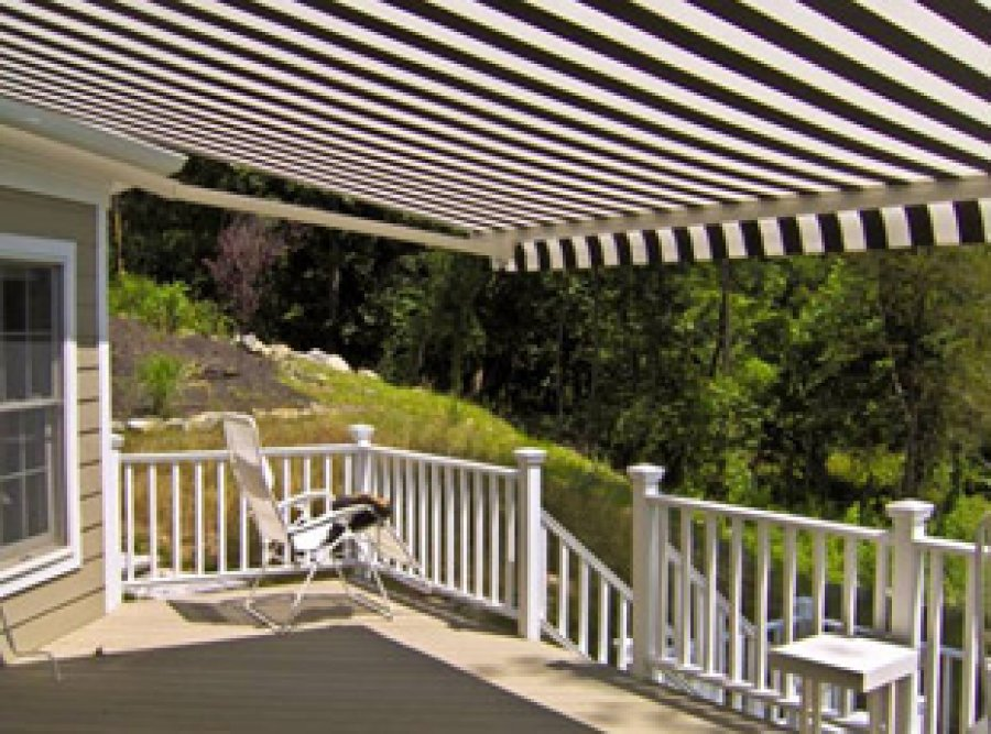 12ft Motorized Retractable Awning With Wireless Wind