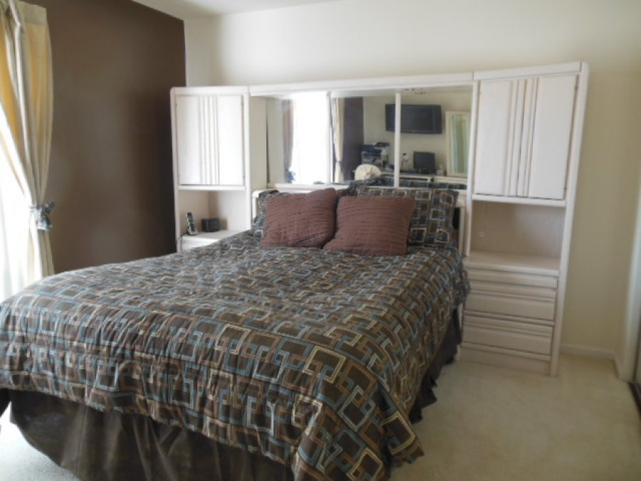 Blackhawk Queen Size Bedroom Set In White Oak North