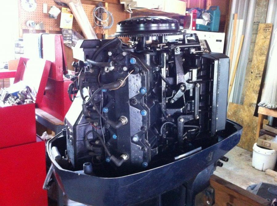 Outboard motor evinrude 200 hp tulsa claremore 3500 for Black friday trolling motor deals