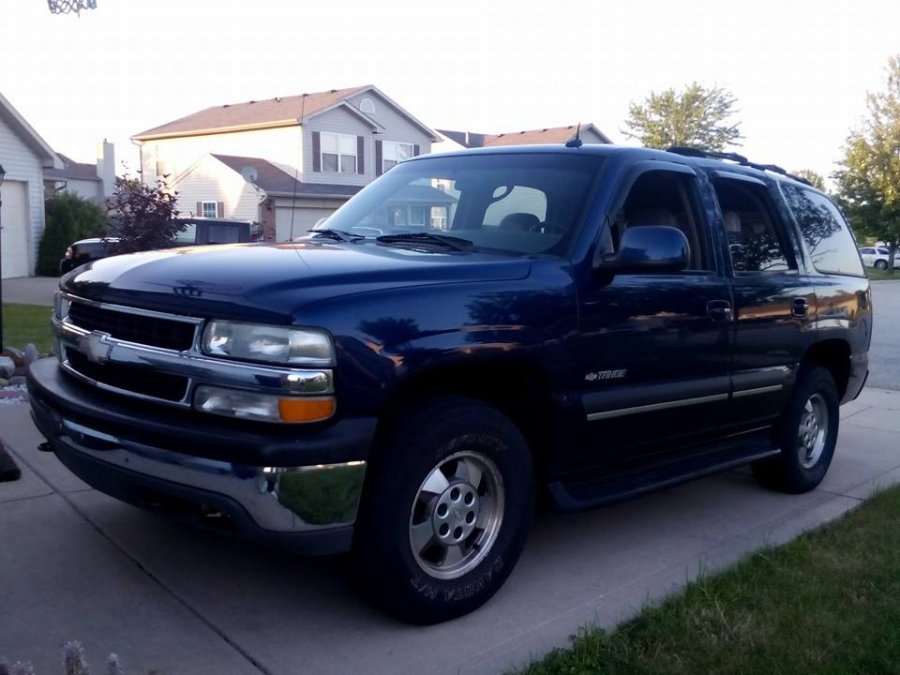 2003 chevy tahoe lt all the bells and whistles seats 8 indiana noblesville 7500 suv. Black Bedroom Furniture Sets. Home Design Ideas