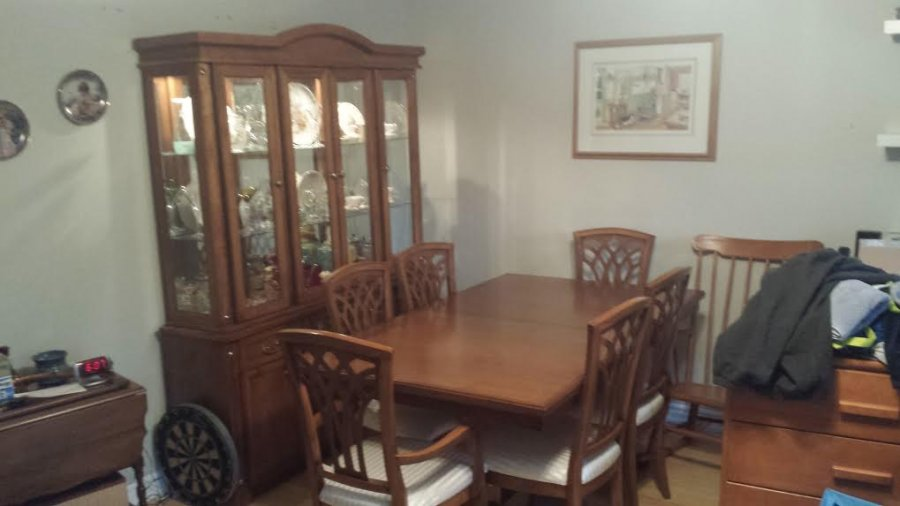 China cabinet and dining room suite 975 canada toronto for Dining room suites for sale