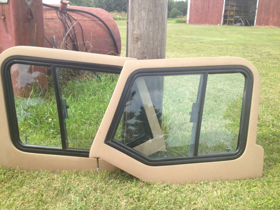 Used Jeep 97 06 Bull Dawg Upper Fiberglass Door Sliders