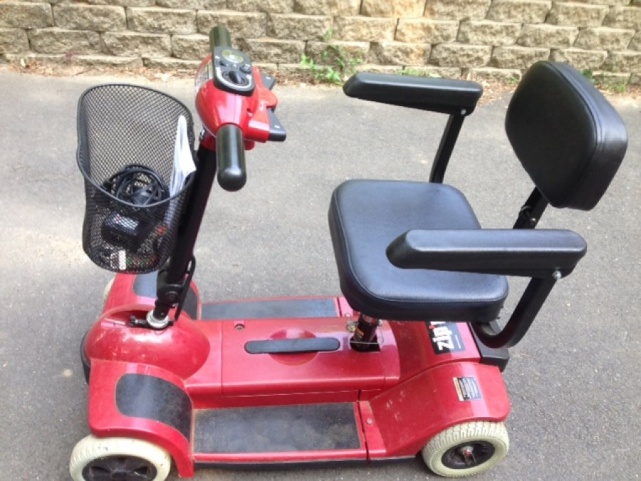 Mobility scooter motorized great condition pick up only for Motorized scooter black friday