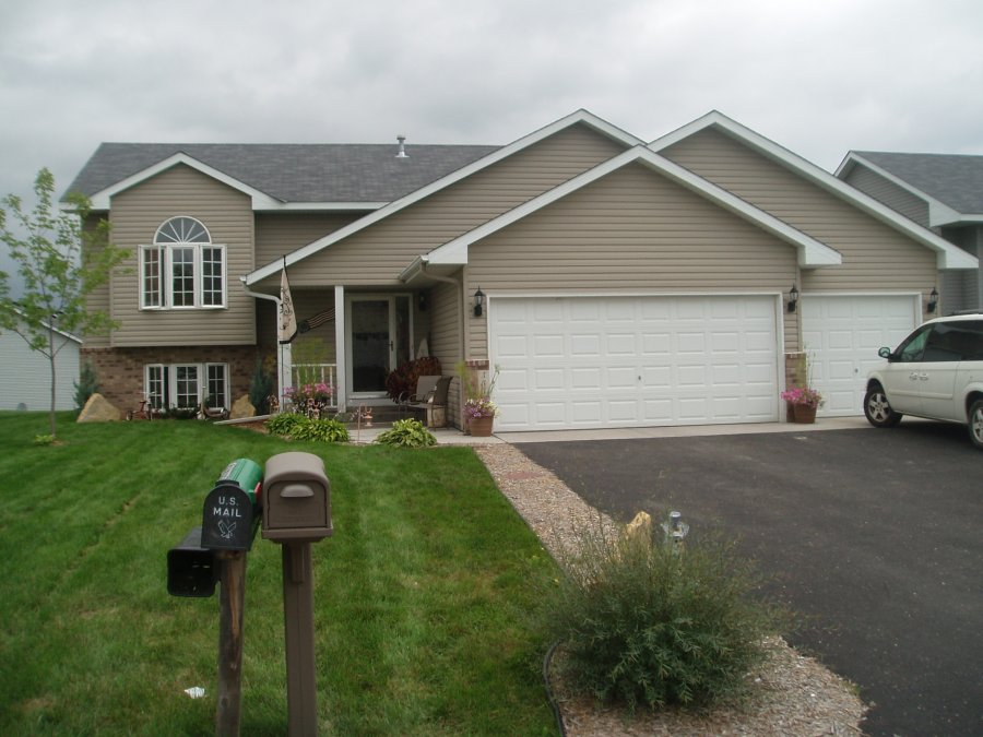 Somerset wi 4 bedroom 2 bath house for rent wisconsin for 4 bedroom and 2 baths