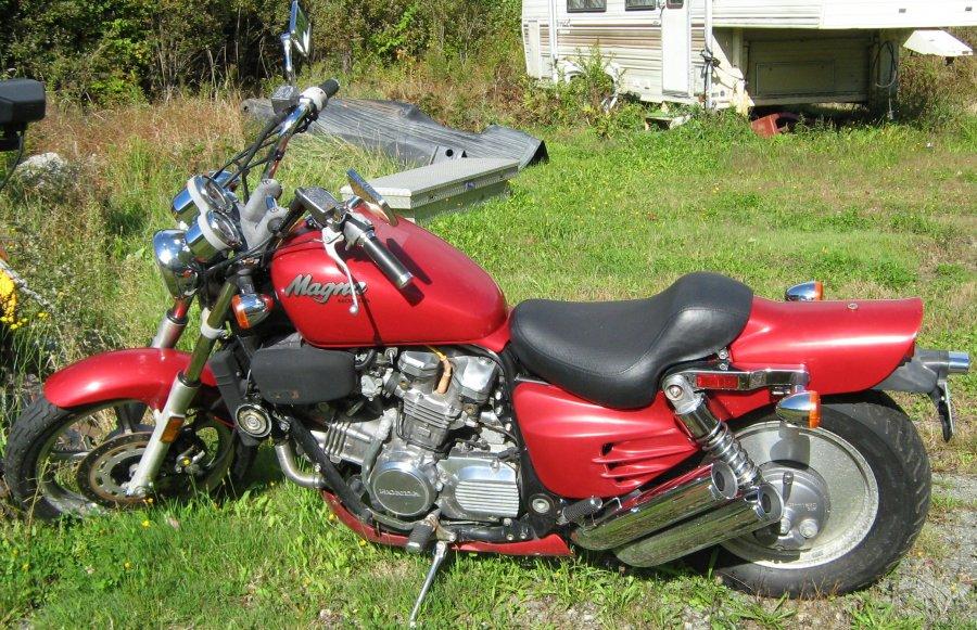 1988 honda super magna 750cc maine madison 2250 for Honda motorcycle dealers maine
