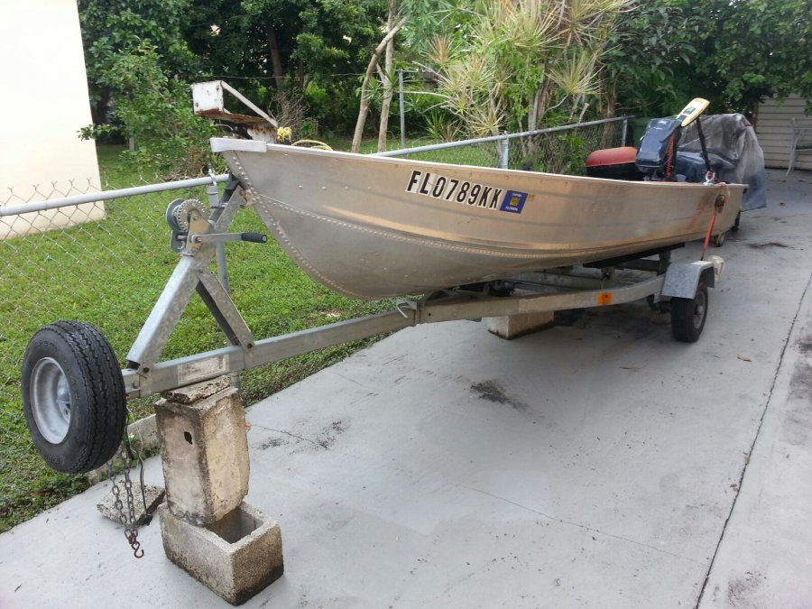 14 foot boat with new trailer trolling motor and 8hp for Black friday trolling motor deals