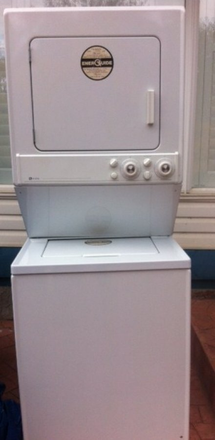 washer/dryer/stackable apartment size (Maytag)  Canada Calgary  $100 ...