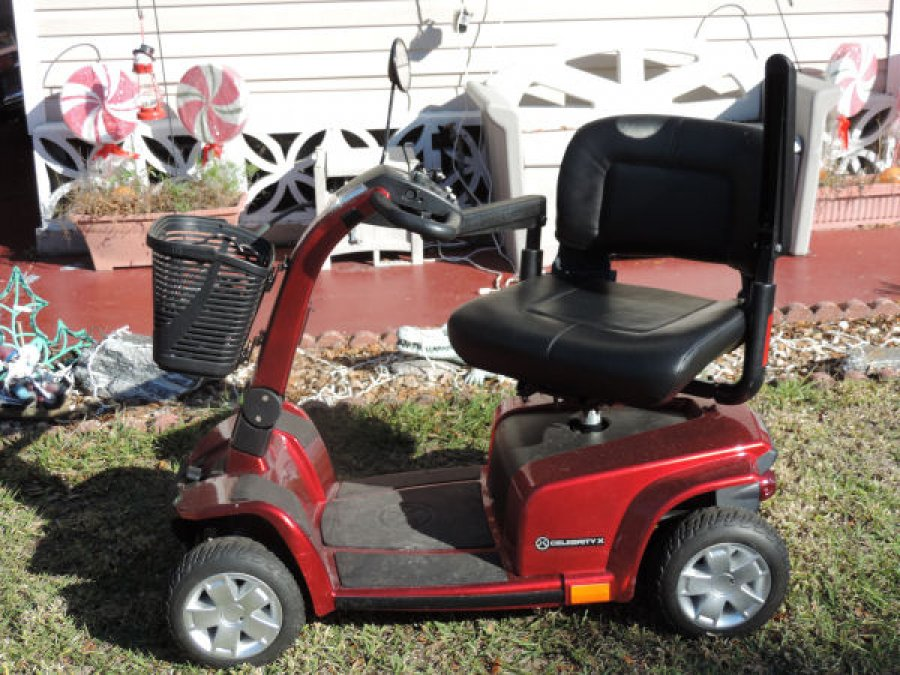 Motorized 4 Wheel Scooter Chair Florida 33935 Labelle