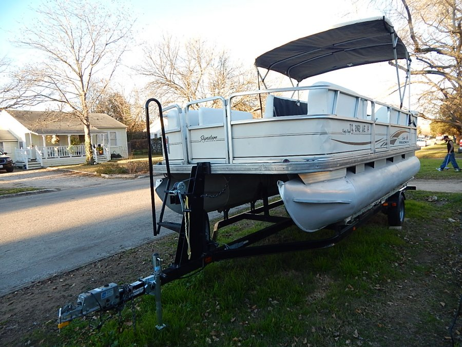 2006 22 39 suntracker pontoon boat 2006 trail star trailer for Pontoon boat without motor for sale