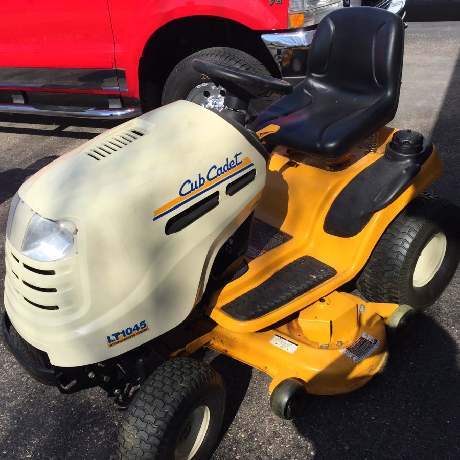 Cub cadet lt1045 lawn tractor minneapolis 55449 blaine lawn and