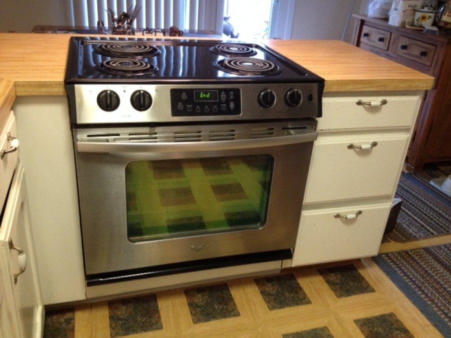 Drop in Whirlpool Electric Range Minnesota Andover Appliances