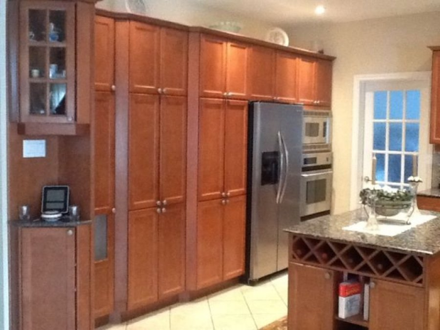 Kitchen Cabinet Granite Top : Kitchen cabinets with granite counter for any size kitchen lots of ...