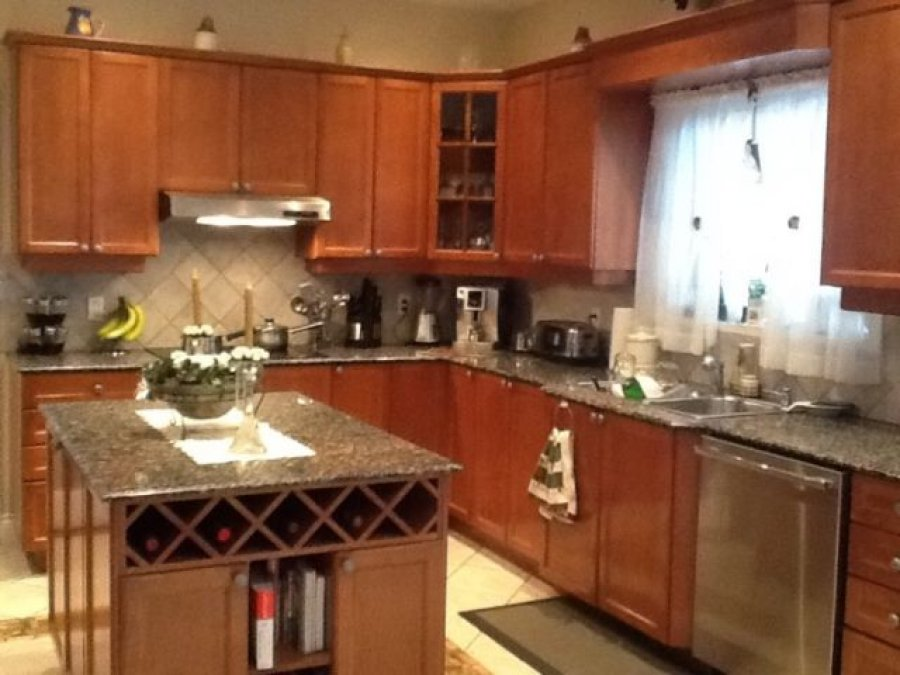 Kitchen cabinet with granite counter top quebec h7e 5h8 for Kitchen cabinets quebec
