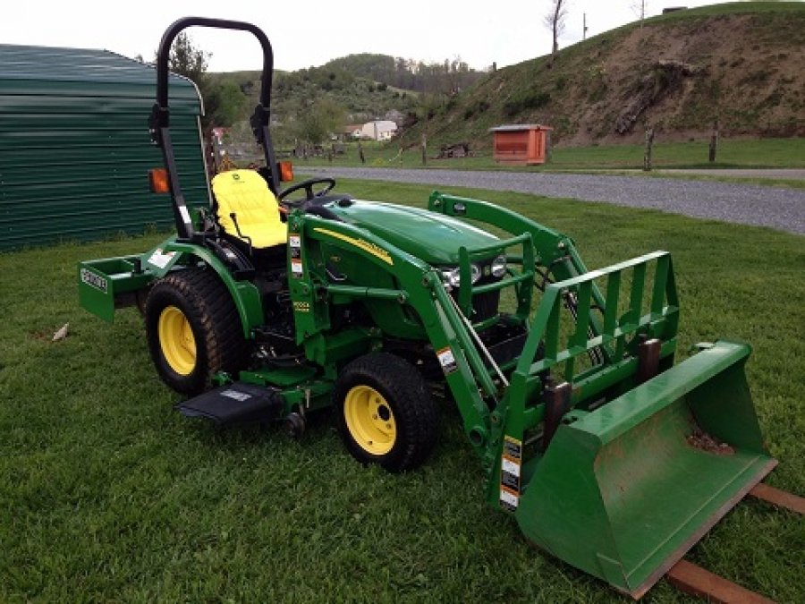 2008 john deere 2320 mini tractor philadelphia 15469. Black Bedroom Furniture Sets. Home Design Ideas