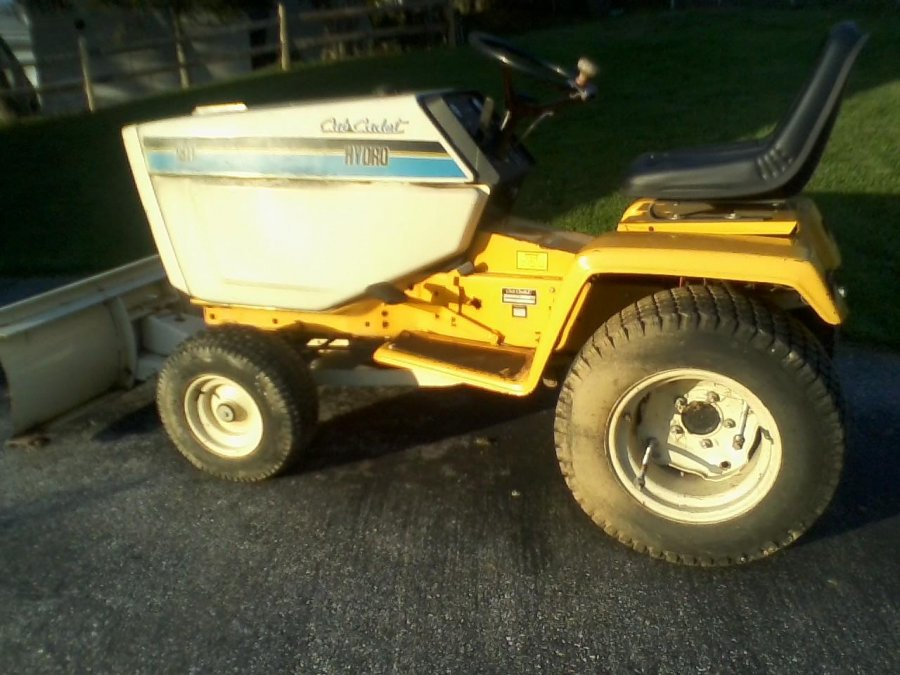 Cub Cadet 1811 Hydrostatic Tractor Baltimore 21157 Westminster Md Lawn And Garden Items