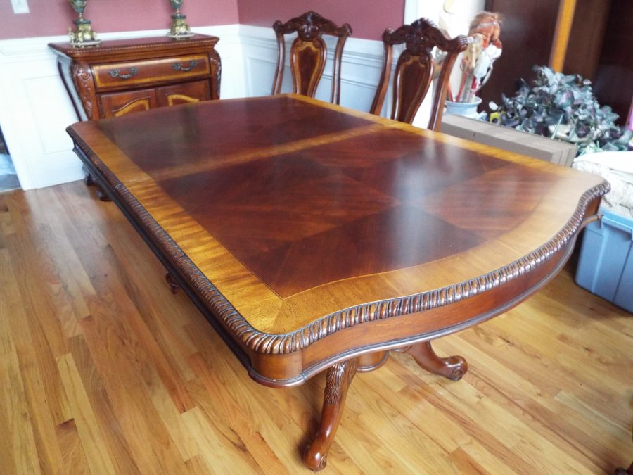haverty s dining room suit table chairs sideboard dining rooms sutton place china cabinet dining rooms