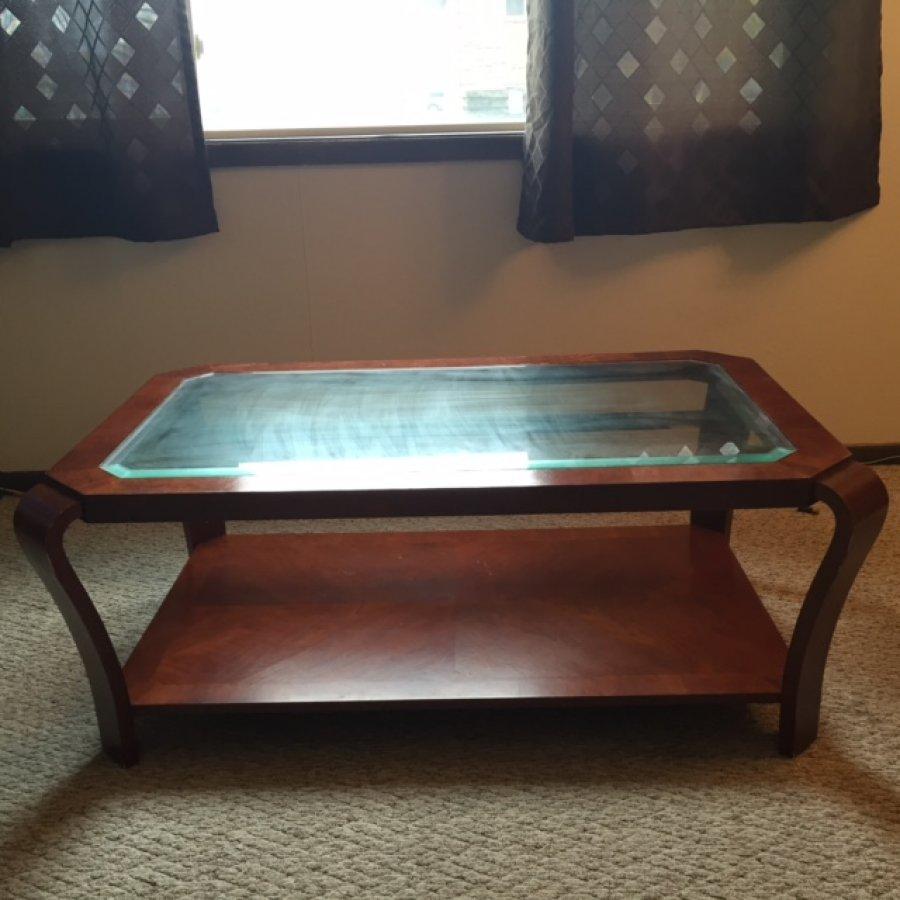 Living room glass table Lincoln Columbus