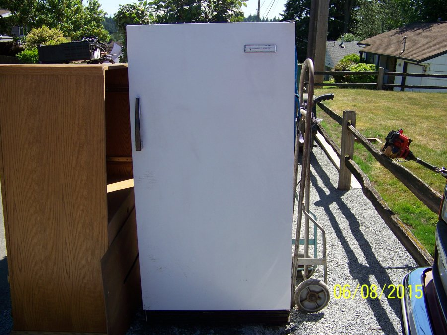 Magic Cheif Stand Up Freezer Seattle 98133 Shoreline