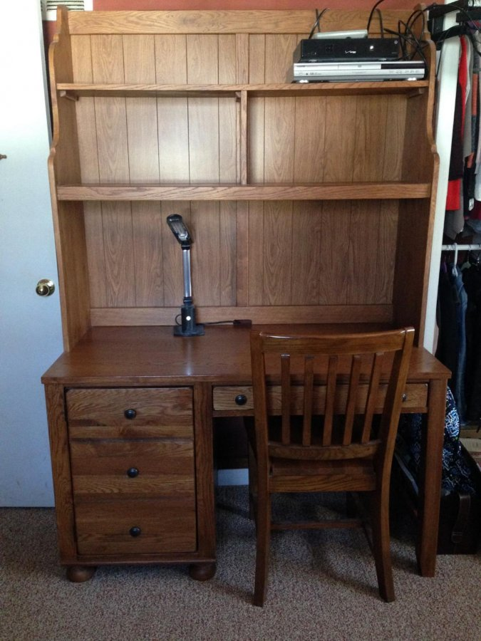 BROYHILL WOOD DESK WITH HUTCH AND CHAIR | New Jersey 07003 Bloomfield | $350 | Home and ...
