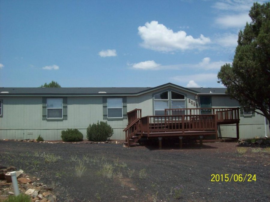Cavco Manufactured Home On Acres With Lake Views And
