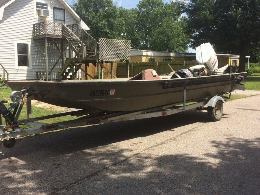 16ft x 6ft aluminum flat bottom boat for sale 1000 obo for Flat bottom fishing boats