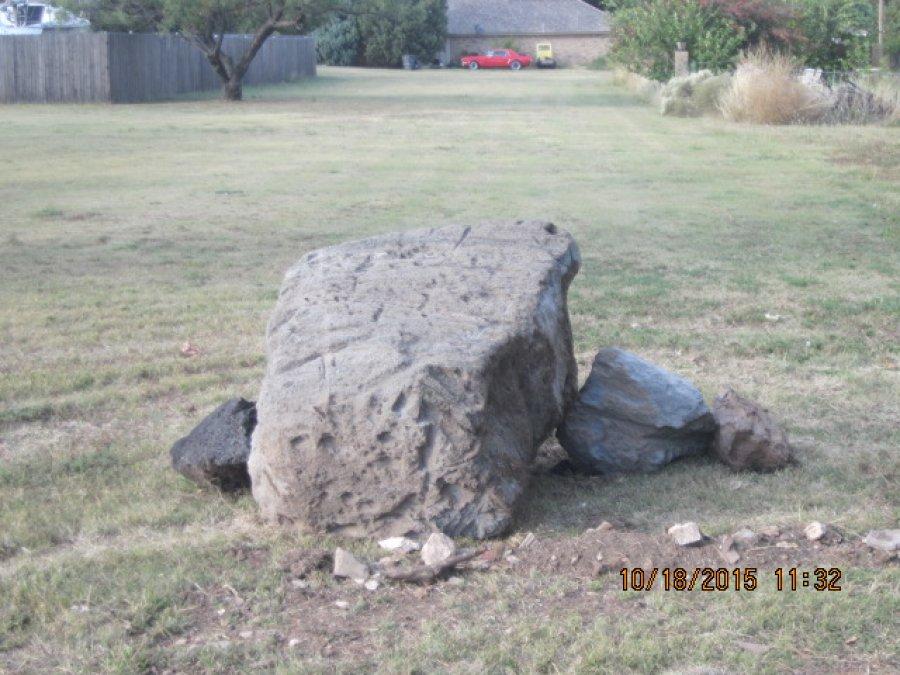 Landscape rocks for sale amarillo 79007 borger tx 50 for Big garden rocks for sale