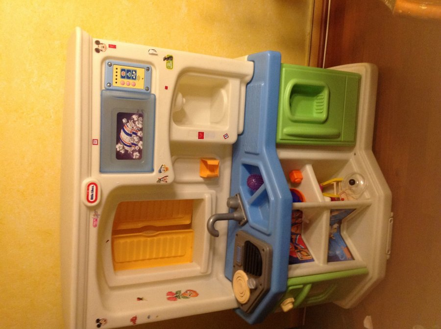 Play Kitchen Little Tikes With Kitchen Accesories