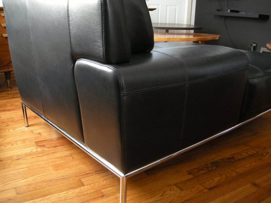 Modernist chaise lounge sofa lincoln 68505 home and for Black friday chaise lounge