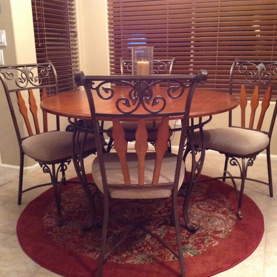 Kitchen Set Phoenix 85338 Goodyear Az 450 Home And Furnitures Items For Sale Deal