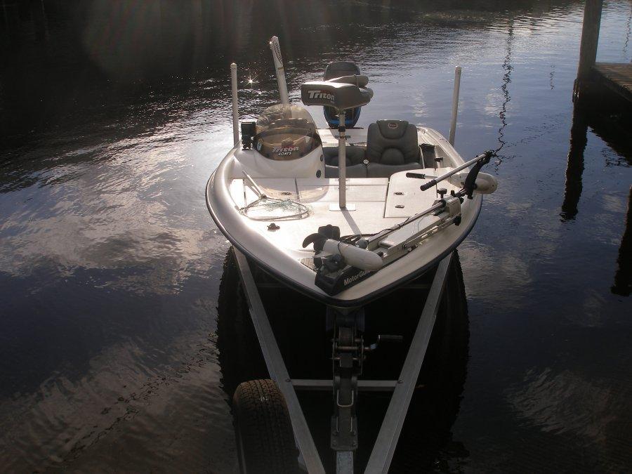 Triton tx186 bass boat tampa 33544 wesley chapel fl for Black friday trolling motor deals