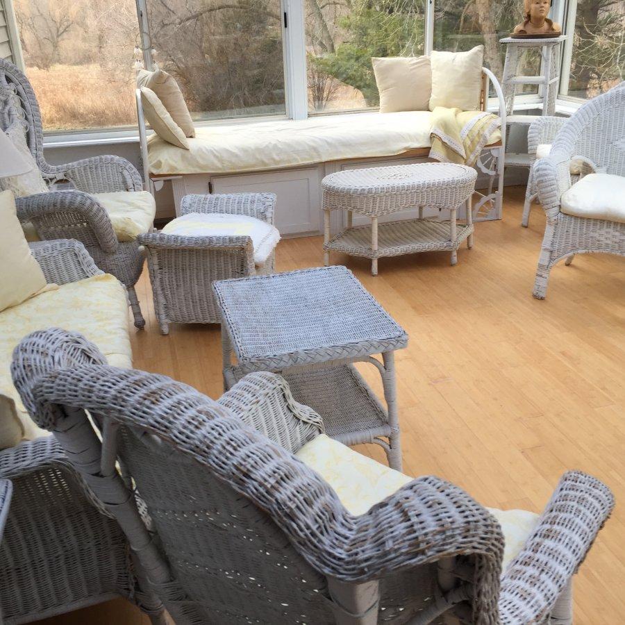 Vintage White Wicker Furniture 20 Plus Pieces Illinois