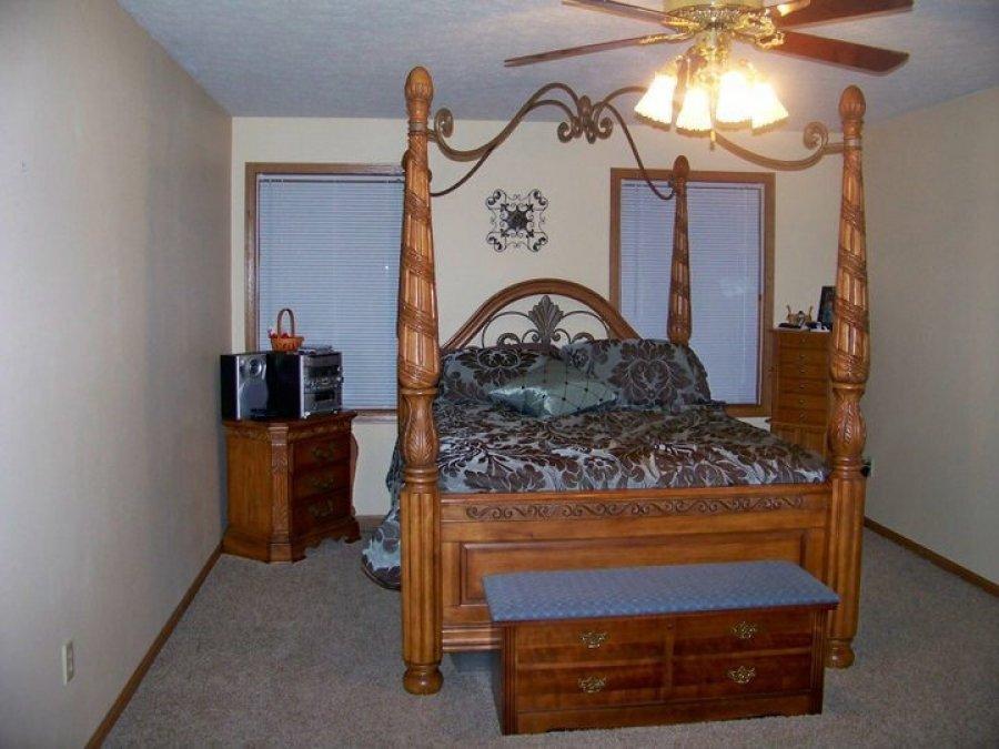 Amish Bedroom Furniture Suit Cincinnati 41051 Independence Ky 1500 Home And Furnitures
