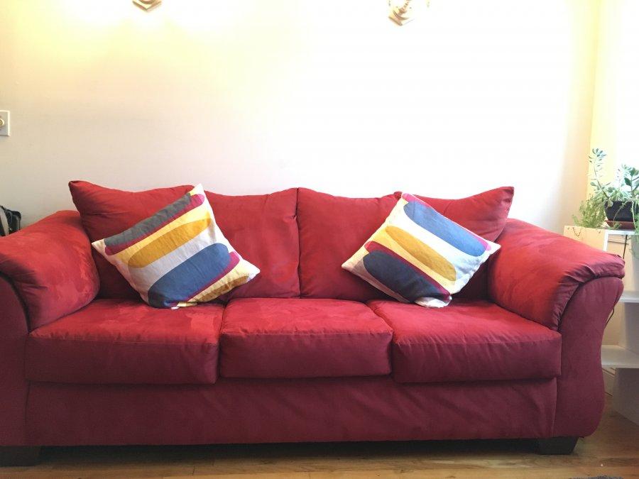 Bob 39 s furniture sofa jersey city 07306 skillman avenue for Bobs furniture nj