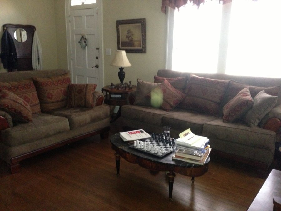 Sofa And Love Seat Florida 34652 Residence Home And Furnitures Items For Sale Deal