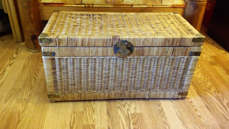 Large Wicker Coffee Table Chest El Paso 79927 309 Celaya Home And Furnitures Items For