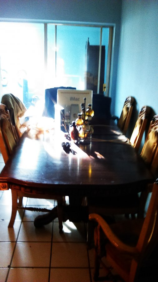 pulaski set table with 6 chairs and hutch