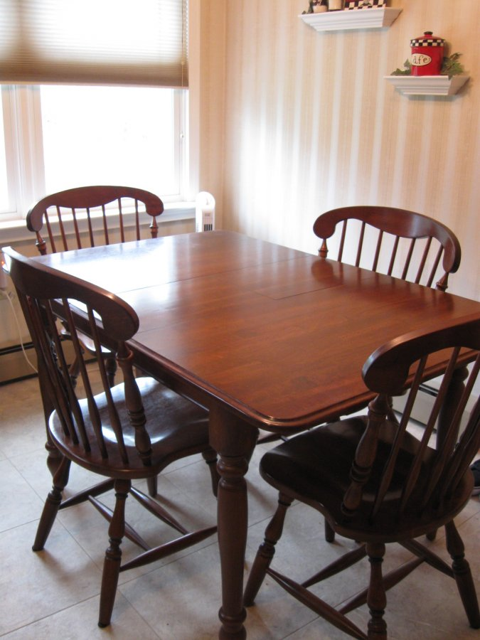 Cherry Kitchen Table And Chairs 5pc Kitchen Dinette  : kitchen set table and 4 chairs cherry very good to excellent condition1 from www.amlibgroup.com size 675 x 900 jpeg 90kB