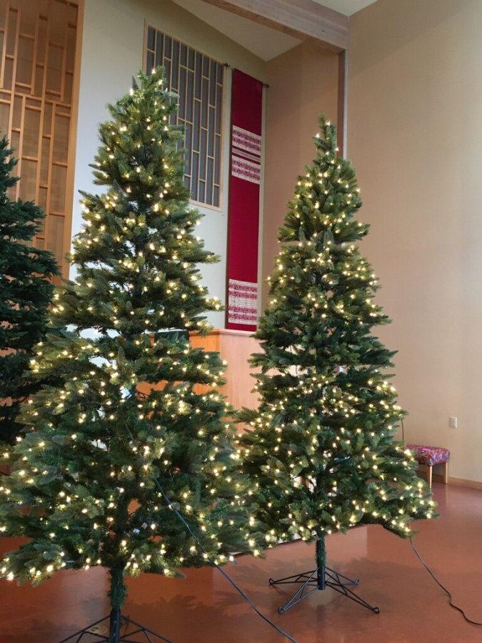 Tall Pre Lit Christmas Trees Everett 98201 United