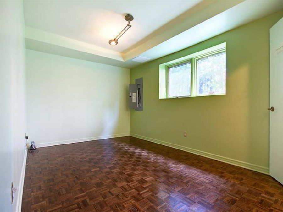3 Beds 2 Baths 1 150 Sqft New York 11357 149th St Flushing NY House For