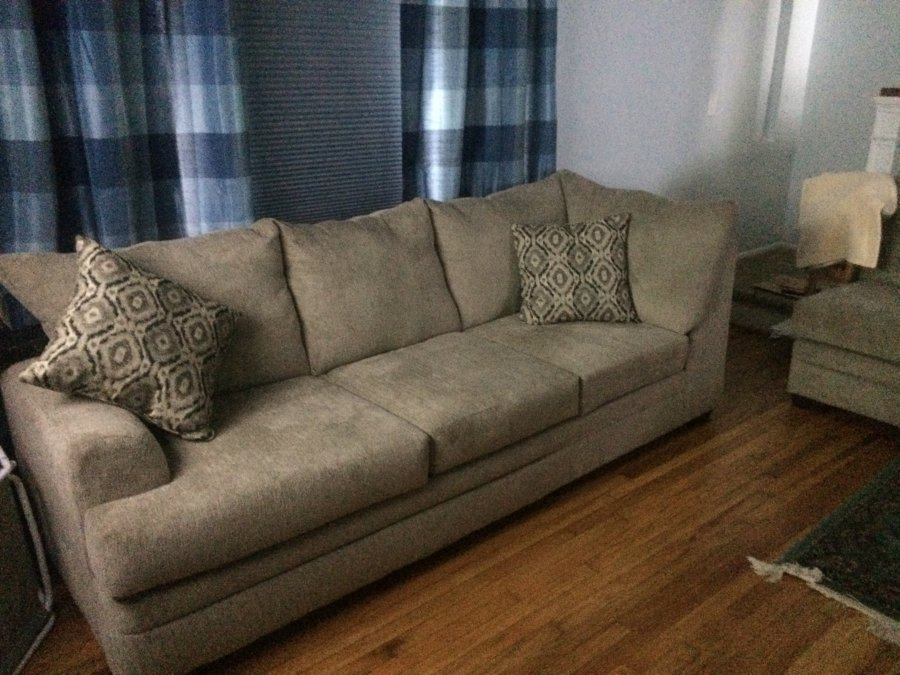 Haynes Sectional For Sale Norfolk 23505 Home Home And Furnitures Items For Sale Deal