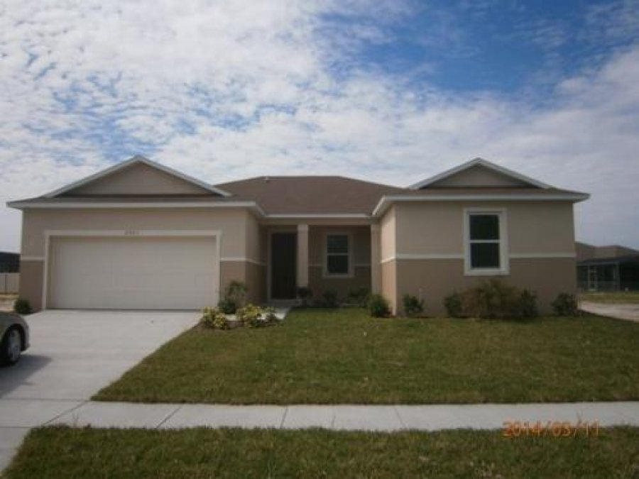 4 bed 2 bath single family house for rent at kissimmee