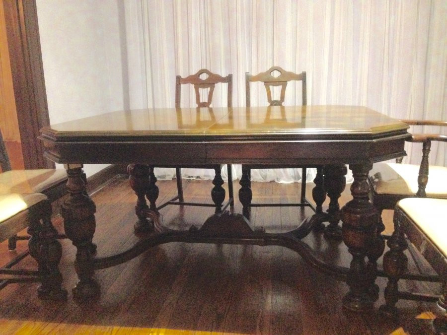 Antique Mahogany dining table and 6 chairs Oklahoma City  : antique mahogany dining table and 6 chairs1 from classifieds.craigclassifiedads.com size 900 x 675 jpeg 116kB
