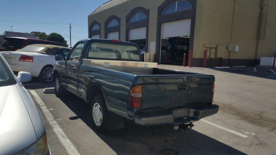 1996 toyota tacoma las vegas 89121 900 truck vehicle deal classified ads. Black Bedroom Furniture Sets. Home Design Ideas
