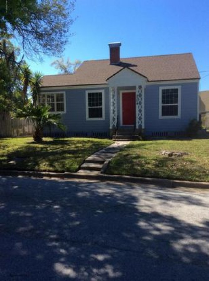 3 bed 2 bath house for rent for single family at affordable price jacksonville fl 32207 2304