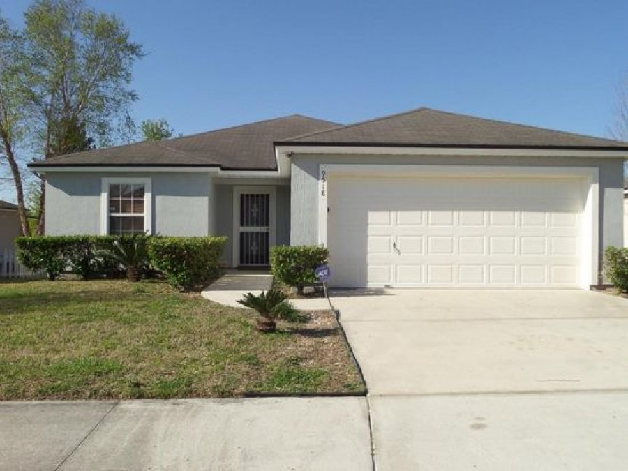 3 Bed 2 Bath House For Rent For Single Family At