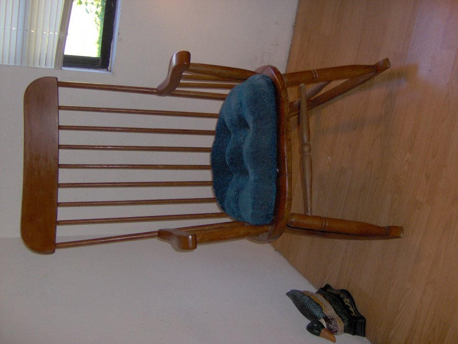 Rocking chair orlando 34744 kissimmee home and furnitures items for sale deal classified ads - Automatic rocking chair for adults ...